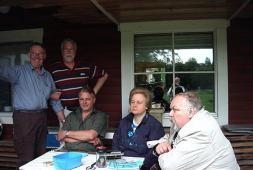 Glada klubbmedlemmar vid Tunaå Strand
